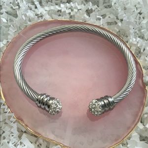 Crystal Ball Ends Twisted Design Cuff SS